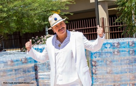 Carlos Santana at Las Vegas Rescue Mission